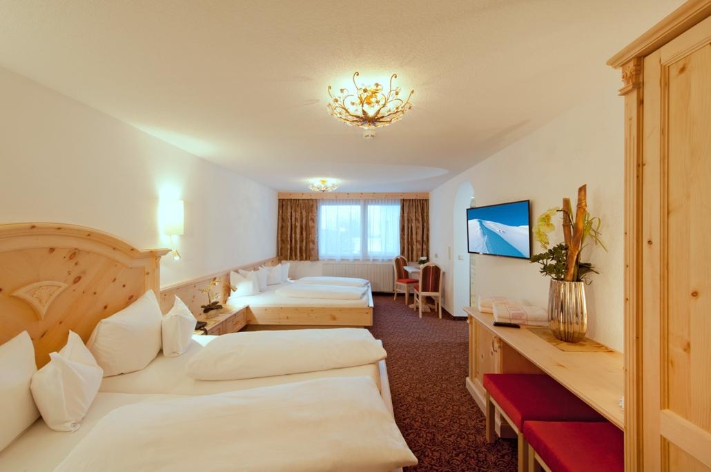 Hotel Garni Pazanella Ischgl_Familienzimmer